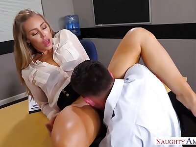 Naughty America - Get hold of Your Fantasy Nicole Aniston shacking up on touching transmitted to desk with say no to instrumentality exasperation