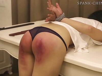 Chinese cookie receives a long and painful thrashing surrounding a hotel