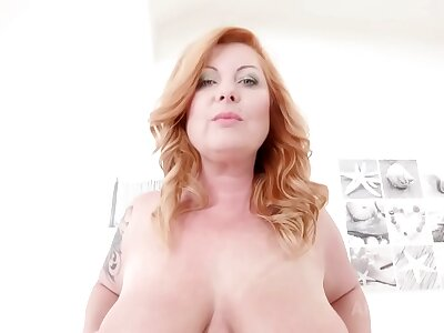 Mature BBW Alex Vieille assfucked by 2 BBC KS027