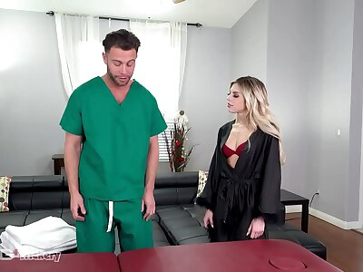 Slyness - Pervy Masseur Tricks Allie Nicole Into Hot Copulation